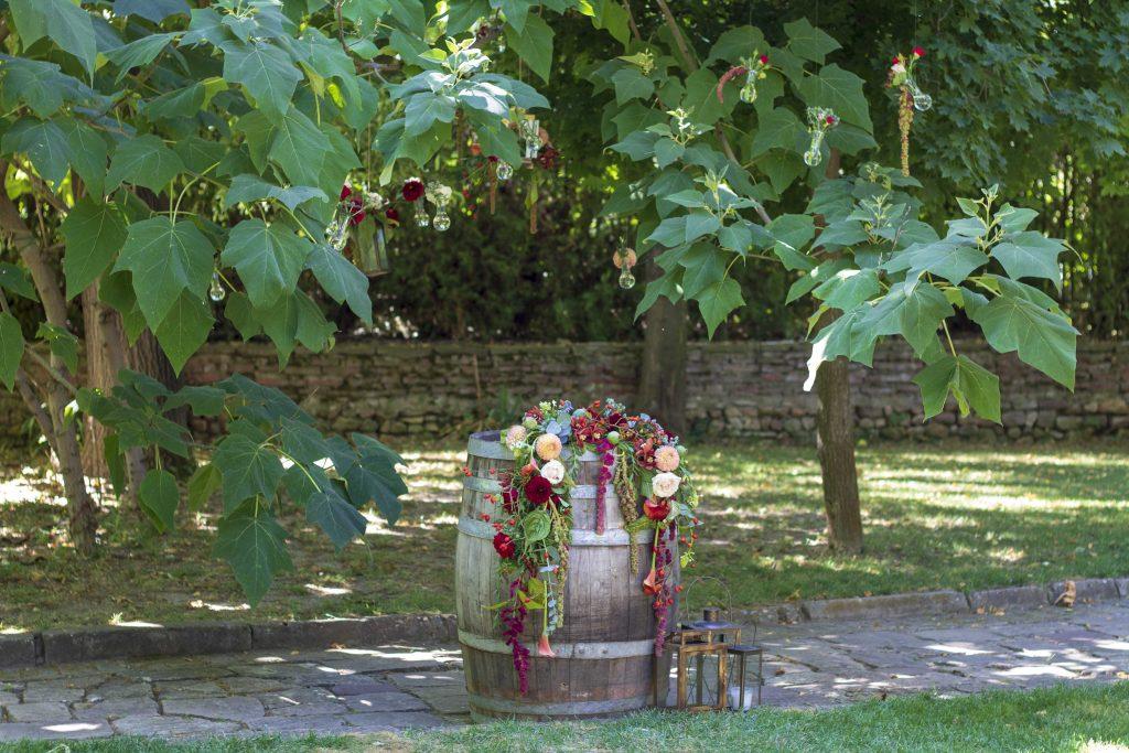 приказна-градина-сватбена–декорация-мак–студио-_30 (20)