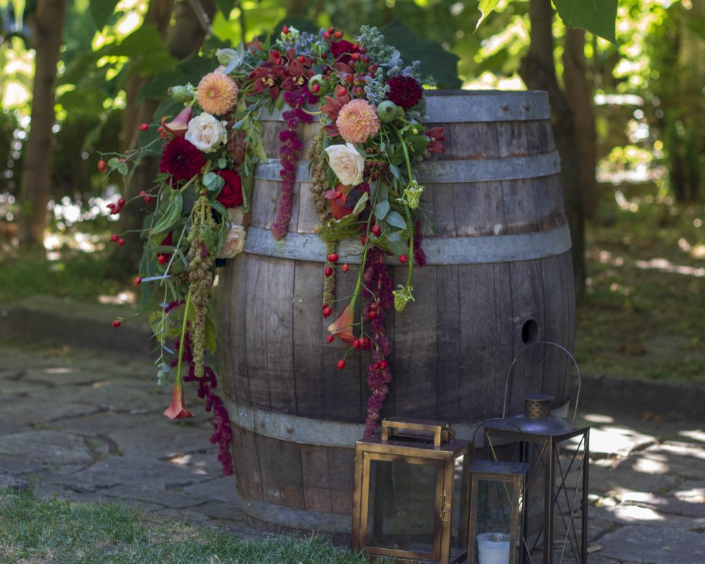 приказна-градина-сватбена–декорация-мак–студио-_30 (22)