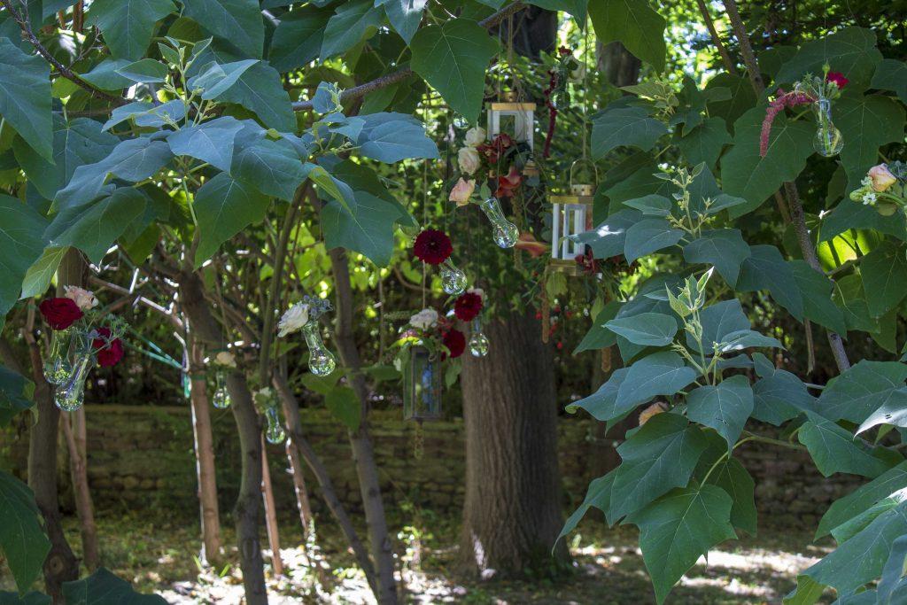 приказна-градина-сватбена–декорация-мак–студио-_30 (24)